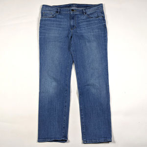 LOFT Relaxed Straight Size 31/12 Medium Wash Jeans